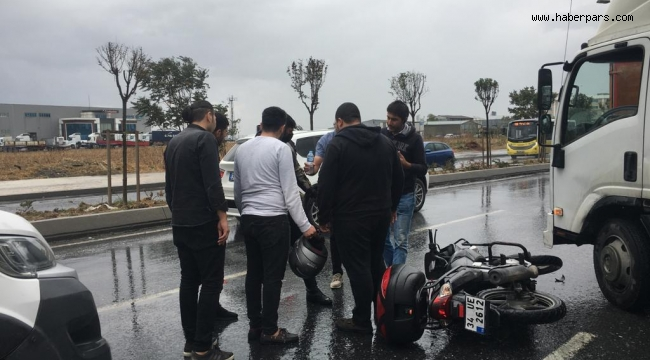 MOTORSİKLET SÜRÜCÜLERİ ÇARESİZ...